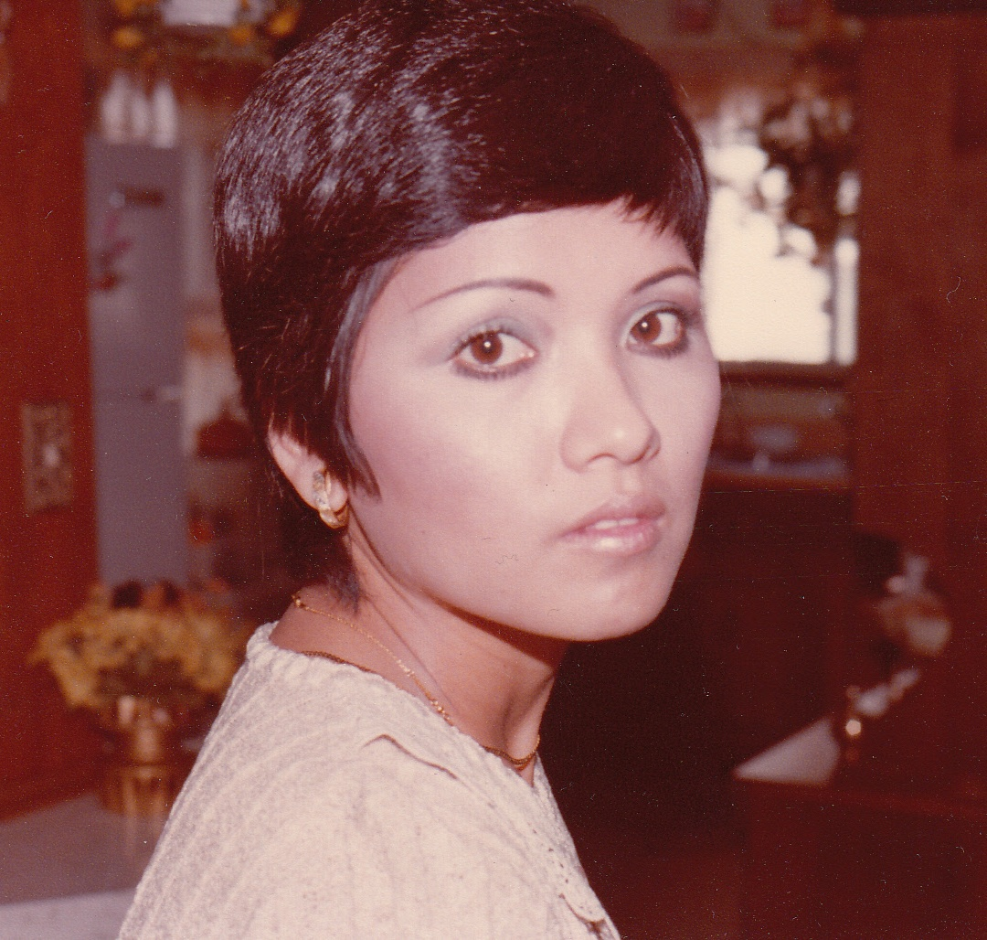 Jenn's mom from the late 1970's