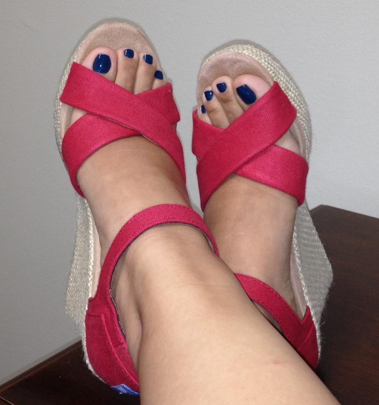 Jenn's feet after using Badger Foot Balm