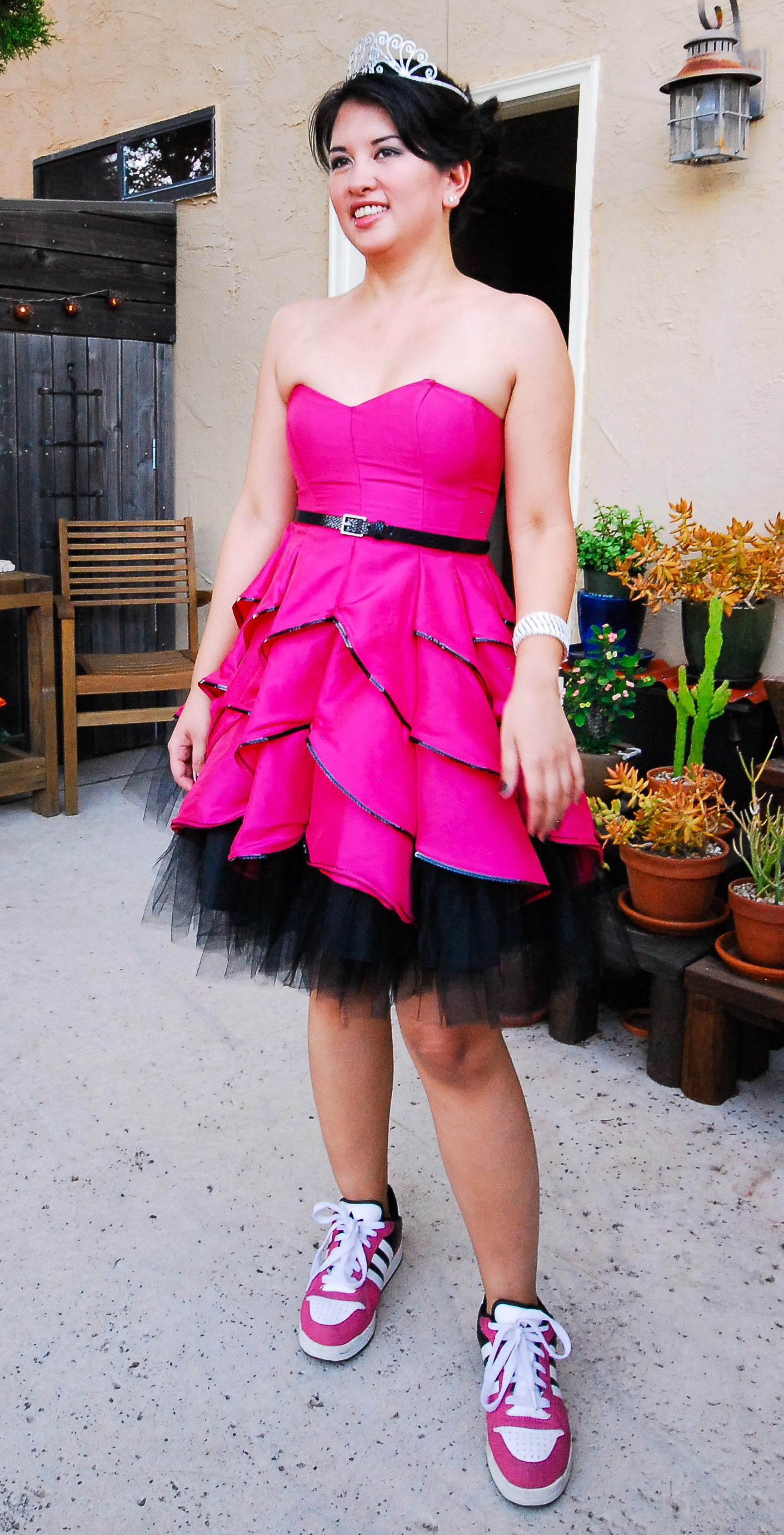 Jenn wearing Betsey Johnson hot pink dress for Double Dragon Debut