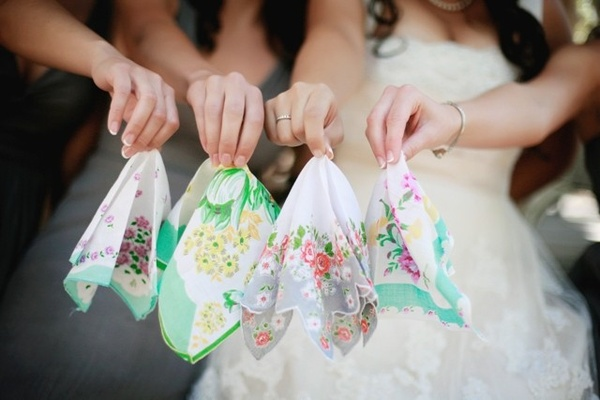 dainty handkerchiefs, hankies