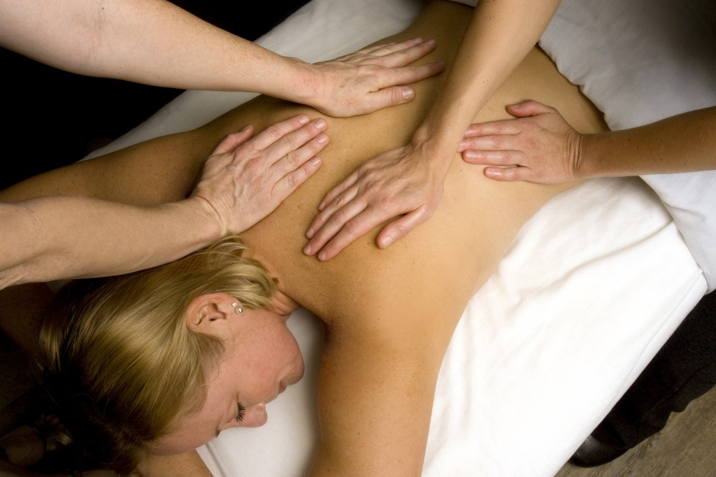 """Royal Treatment"" four-handed massage at Viva Day Spa"