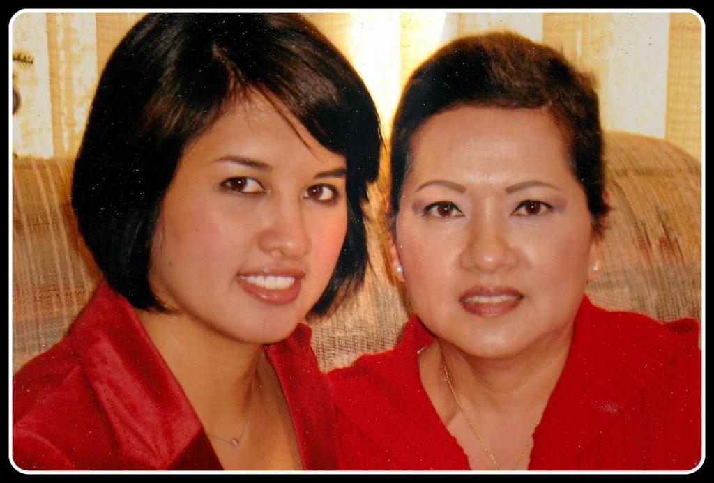 Jenn and mom, Christmas 2007