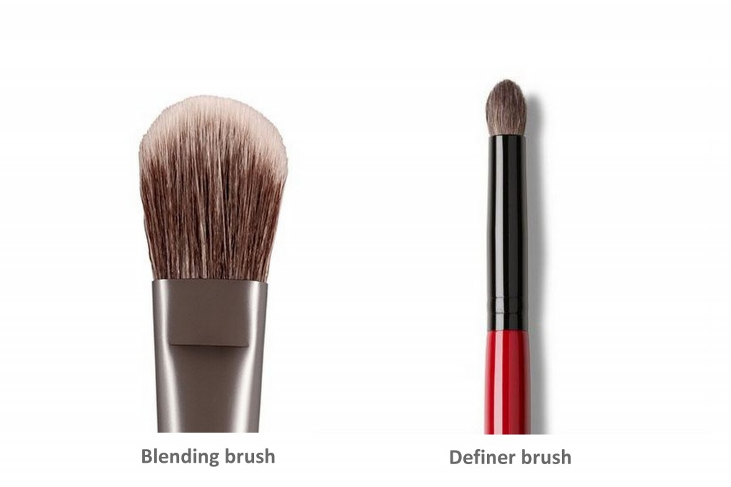 Urban Decay blending brush and Smashbox definer brush