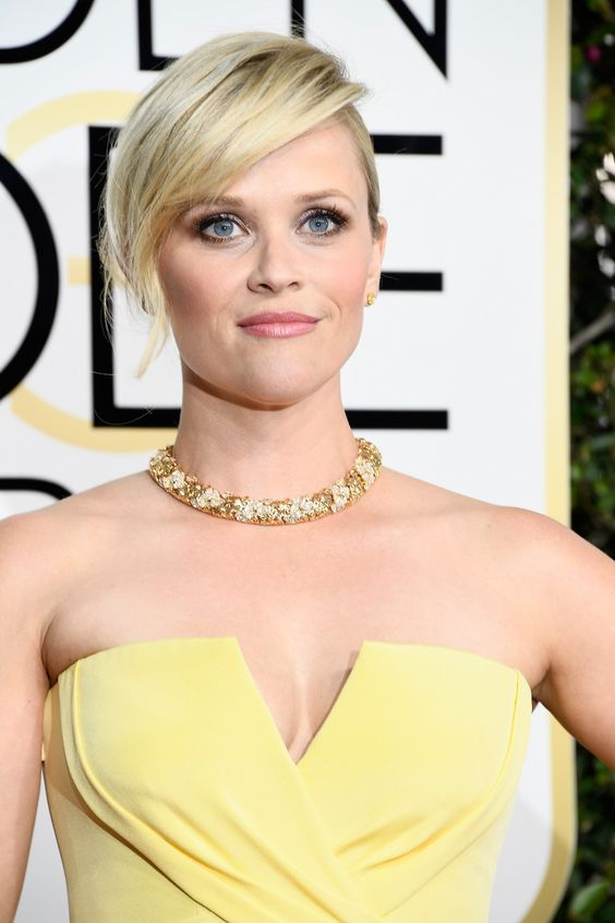 Reese Witherspoon, close-up of face, in 2017 Golden Globes